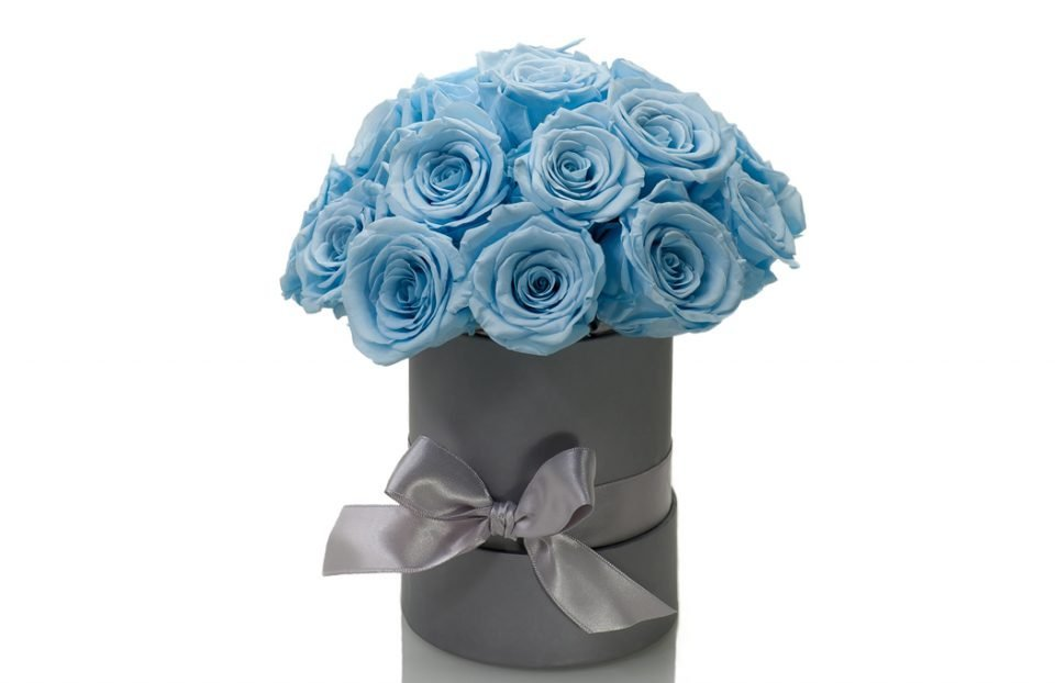 Forever-Blue-Rose-Hat-Box