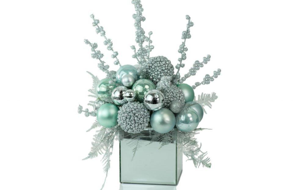 Blue-Christmas-Centerpiece