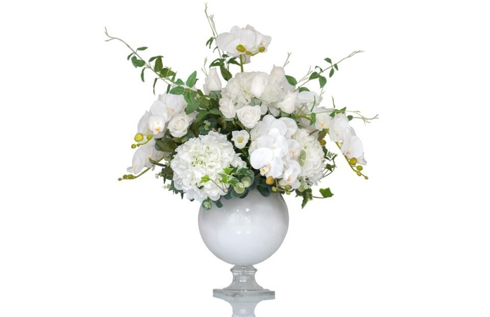 White silk wedding centerpiece
