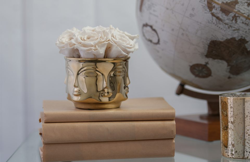 Infinity roses in a muse vase
