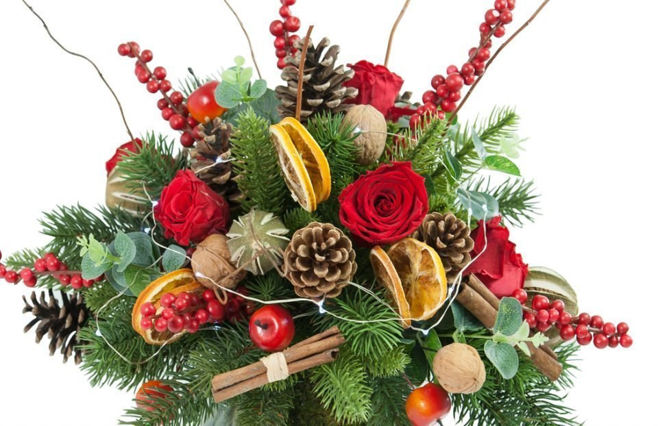 Christmas-Table-Arrangement