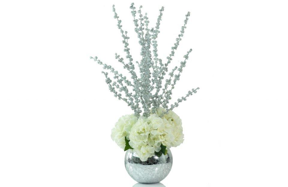 Hydrangea-Christmas-centerpiece